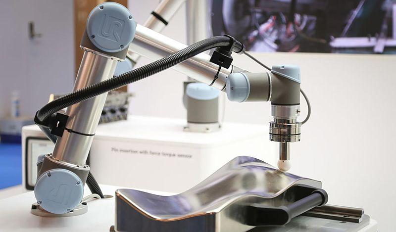 UR Robot con sensores FT de ATI dan buenas sensaciones