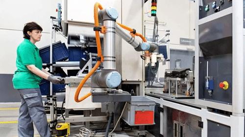 Robótica colaborativa con Universal Robot UR10