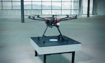 Carga inalámbrica para robots móviles y drones autónomos